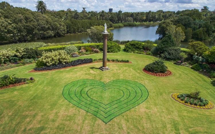 Centennial-Park heart